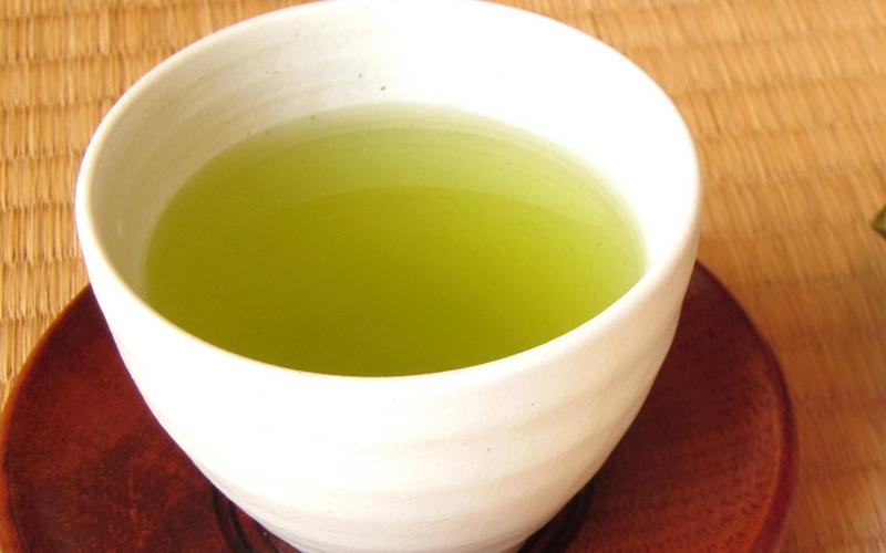 カテキン成分豊富!カルテノールに含まれる緑茶エキス末